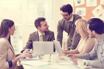 在办公室聊天需要注意些什么呢?